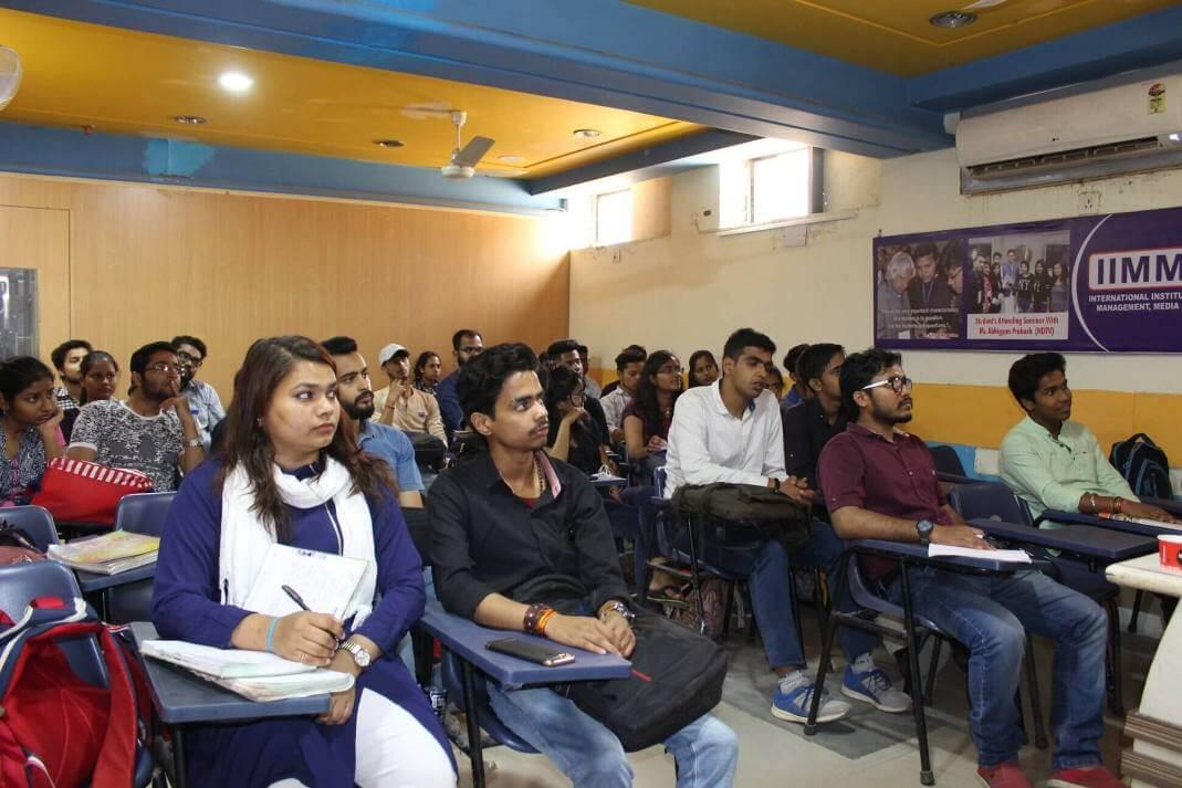 IIMMI students in Classrooms